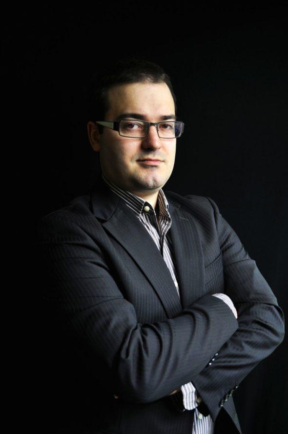 Piotr Maciążek