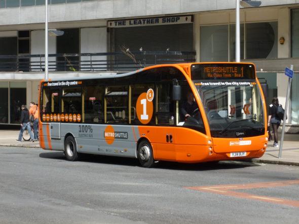 autobus elektryczny elektromobilność samochód