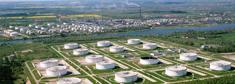 Magazyny ropy Fot. PERN