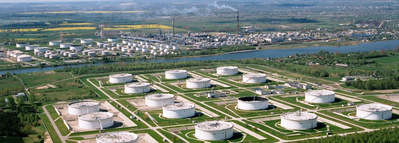 Naftoport. Fot. PERN