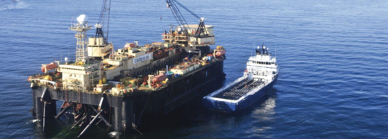 Castoro Sei - statek do kładzenia rur Saipem . Fot. Saipem