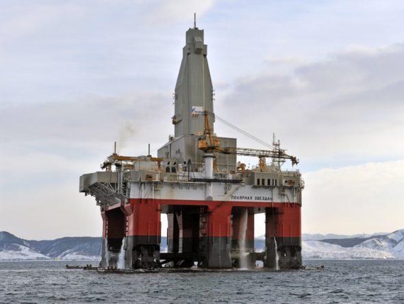 Platforma wydobywcza na złożu Kirinskoje