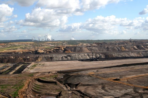 górnictwo węgiel brunatny kopalnia odkrywkowa