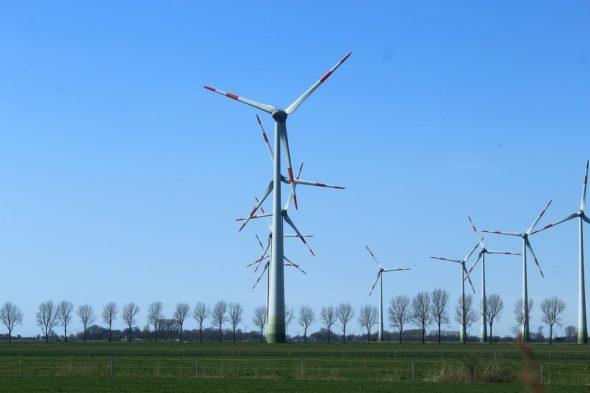 oze energia wiatrow