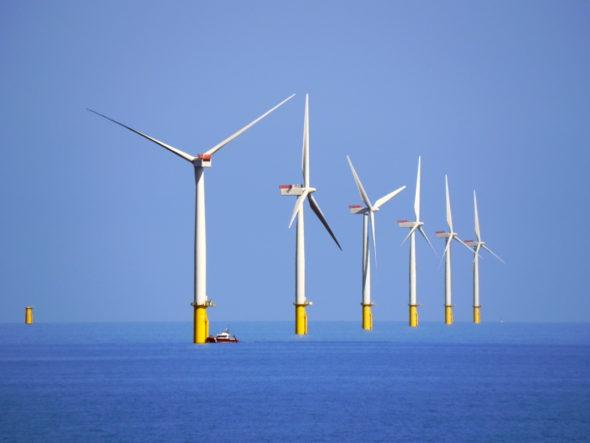 wiatraki morskie farmy wiatrowe offshore
