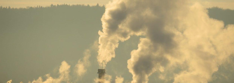 komin zanieczyszczenie