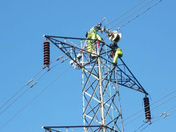 pylon energetyka kabel energia