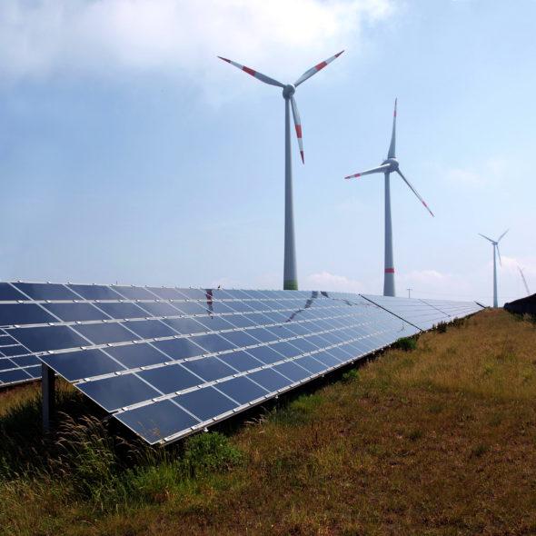 energetyka wiatrak oze solar słoneczna