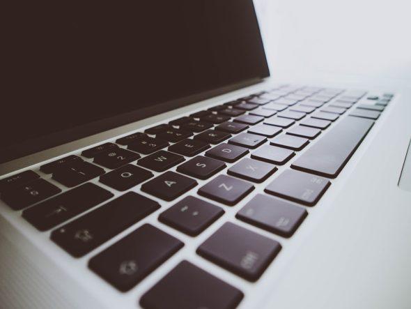 komputer cyfryzacja cyber praca
