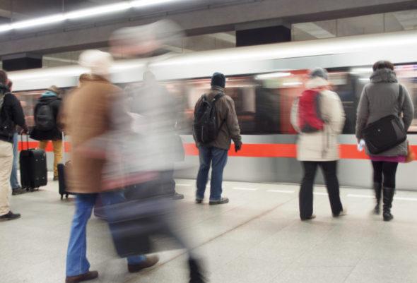 metro komunikacja kolej transport