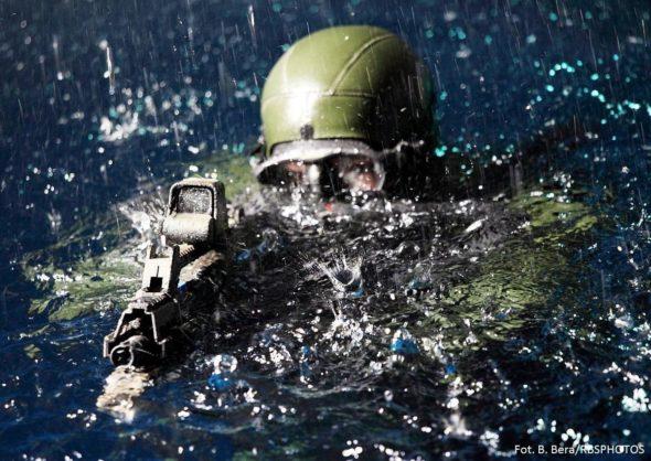żołnierz manewry zbrojeniówka
