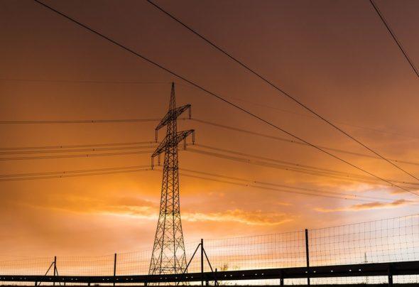 energetyka linie pylon energia elektryczna