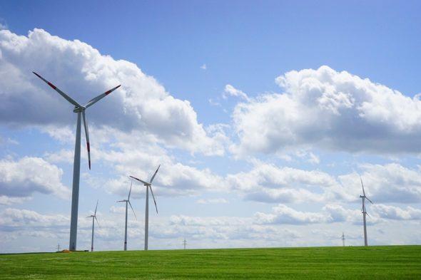 OZE energetyka wiatrowa fot. Pixabay
