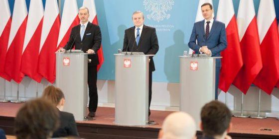 Mateusz Morawiecki ogłasza zatwierdzenie SOR. Fot. Ministerstwo Rozwoju