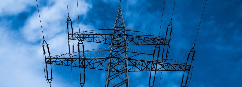 Linie elektroenergetyczne. Fot. pixabay.com