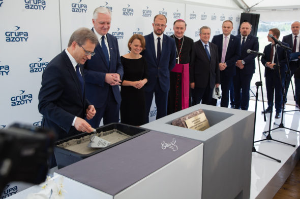 W Tarnowie  wmurowano kamień węgielny pod nowe centrum badawczo-rozwojowe Grupy Azoty. Fot. BiznesAlert.pl