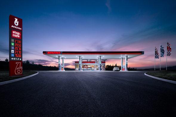 Czeska spółka Orlenu zarządza już siecią 400 stacji paliw. Fot. Benzina