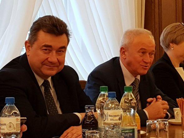 Wiceminister energii Grzegorz Tobiszowski i minister energii Krzysztof Tchórzewski. Fot. BiznesAlert