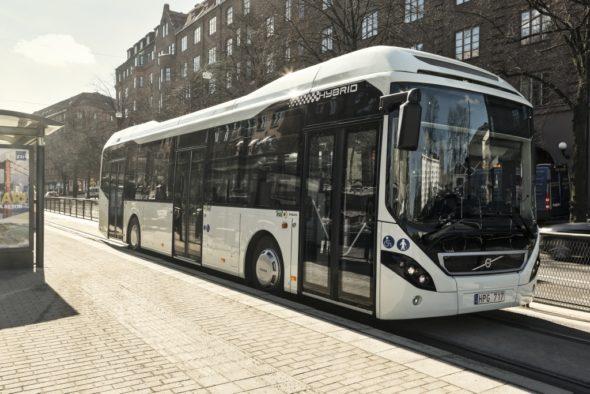 Autobus elektryczny hybrydowy elektromobilność Volvo