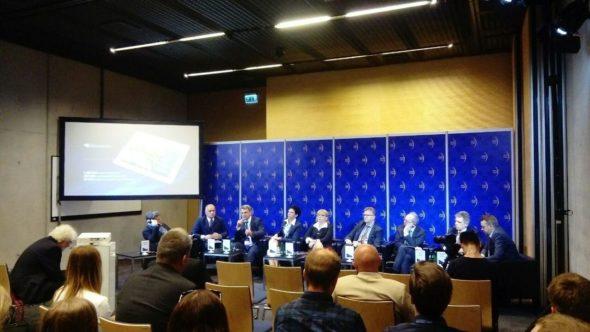 """Panel """"Efektywność energetyczna, Czysta Praktyka"""" podczas Europejskiego Kongresu Gospodarczego. Fot. BiznesAlert.pl"""