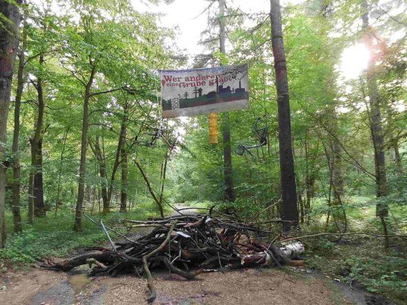 las barykada ekolodzy środowisko protest