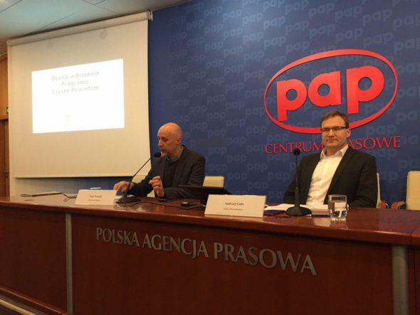 Konferencja prasowa Polskiego Alarmu Smogowego na temat programu Czyste Powietrze. Fot. BiznesAlert.pl