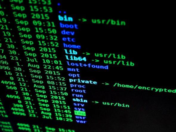 cyberbezpieczeństwo cyberprzestrzeń atak hakerski