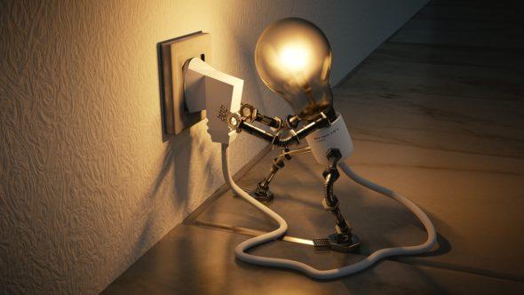 energia elektryczna energetyka żarówka fot. Pixabay