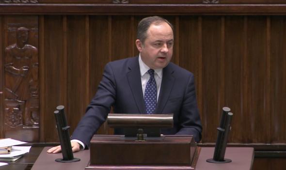 Wiceminister spraw zagranicznych Konrad Szymański w Sejmie. Fot. BiznesAlert.pl