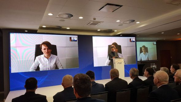 Wypowiedź minister Jadwigi Emilewicz podczas konferencji PGE w Krynicy-Zdroju. Fot. BiznesAlert.pl