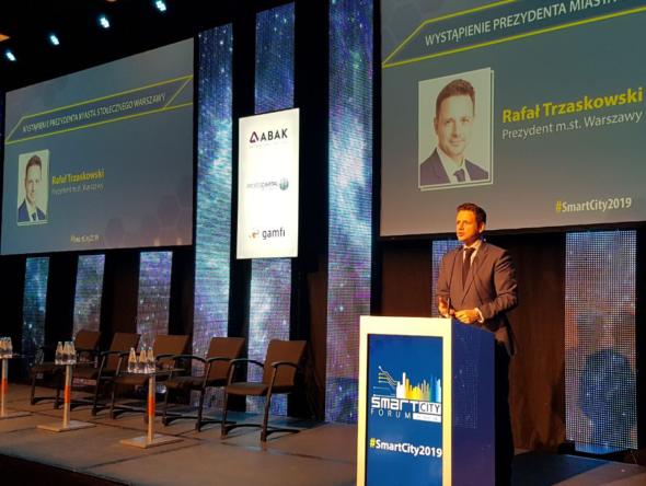 Rafał Trzaskowski na Smart City Forum. Fot. BiznesAlert.pl