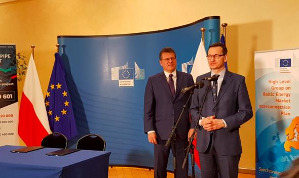 Marosz Szefczovicz i Mateusz Morawiecki. Źródło: KPRM:Twitter
