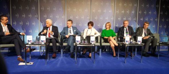"""Panel """"Klimat i gospodarka po COP24. Dokąd teraz?"""" podczas EKG 2019 fot. BiznesAlert.pl"""