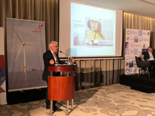 Vidar Martin Birkeland, dyrektor projektów Bałtyk JV, w Equinor ASA podczas Bałtyckiego Forum Przemysłu Energetyki Morskiej. Fot. BiznesAlert.pl
