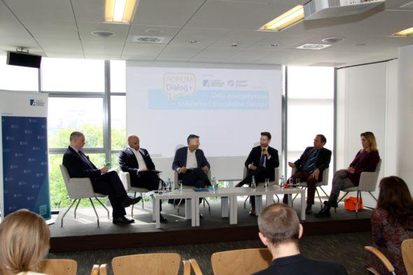 Debata o Unii Energetycznej w ramach projektu Forum Dialog +