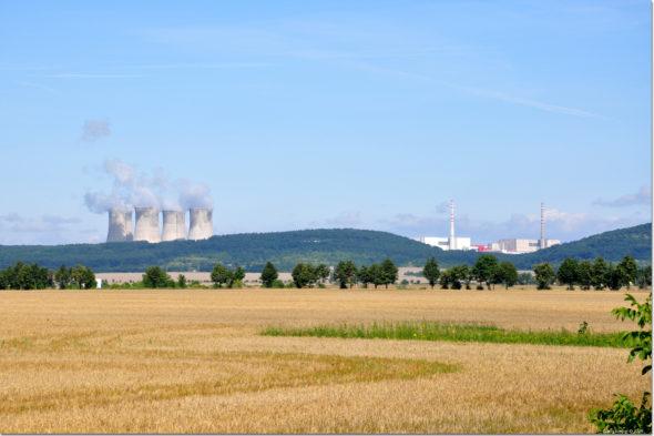atom Elektrownia Mochovce na Słowacji. Źródło: Wikipedia