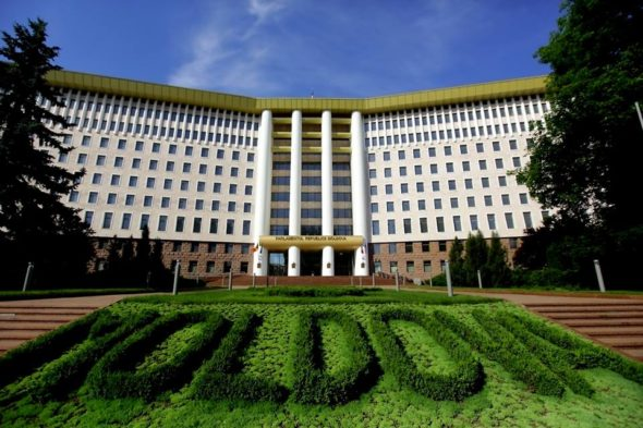 Mołdawia parlament