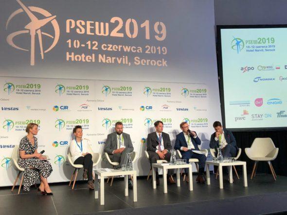Konferencja PSEW 2019. Panel poświęcony regulacjom. Fot. BiznesAlert.pl