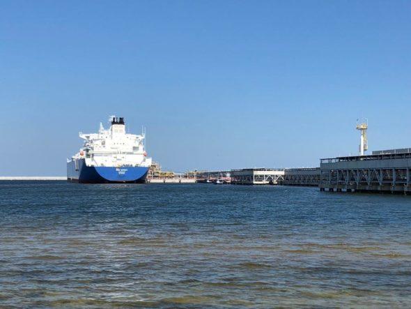 Pierwsza dostawa LNG do Polski w ramach długoterminowego kontraktu PGNIG z Cheniere Energy. Fot. BiznesAlert.pl