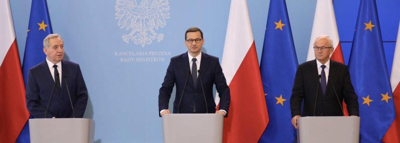 Premier Mateusz Morawiecki podczas wspólnej konferencji z ministrem środowiska i energii. Fot. KPRM