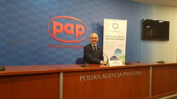 Wiceminister środowiska Michał Kurtyka na konferencji prasowej. Fot. Piotr Stępiński:BiznesAlert.pl