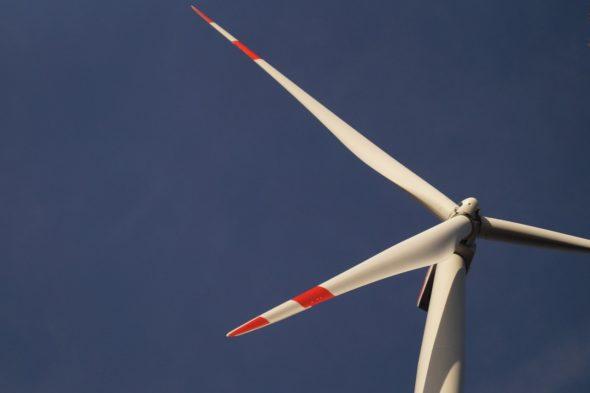 energetyka energia fot. Pixabay oze wiatrak