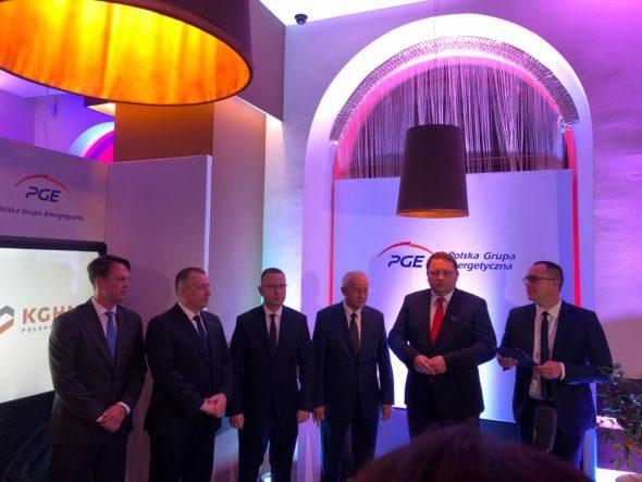 Podpisanie umowy PGE-KGHM podczas Forum Ekonomicznego w Krynicy. Fot. BiznesAlert.pl