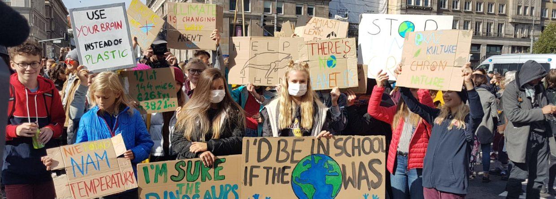 Młodzieżowy Strajk Klimatyczny w Warszawie / fot Piotr Stępiński, BiznesAlert.pl