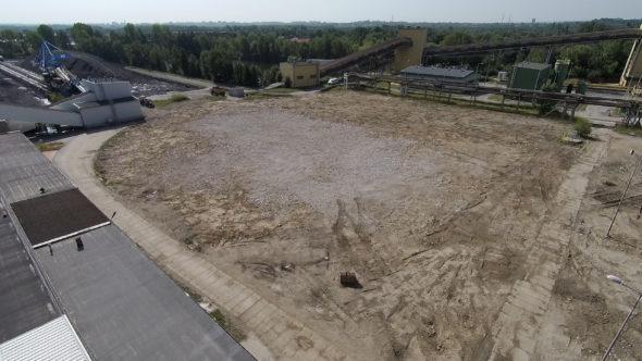 Miejsce po rozbiórce chłodni kominowych Elektrowni Łagisza fot. Tauron