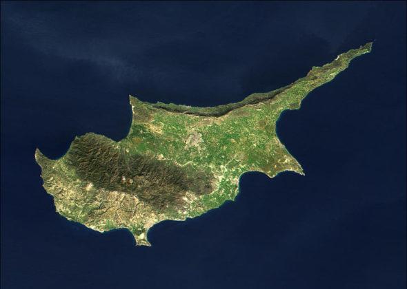 Cypr widziany z kosmosu. Źródło:Wikipedia