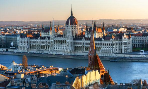 węgry Budapeszt, parlament węgierski. Źródło Flickr