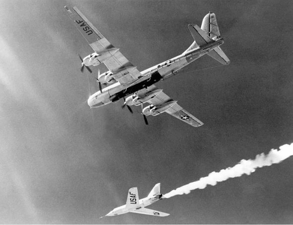 X-2_After_Drop_from_B-50_Mothership_-_GPN-2000-000396