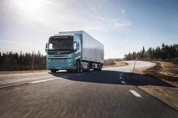 Volvo elektromobilność
