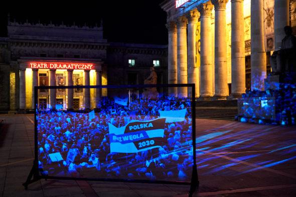 Marsz Hologramów w Warszawie. Źródło: Greenpeace/MSK